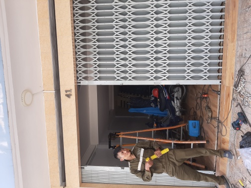 Cách lắp ổ khóa cửa sắt việt nam, cửa kéo đài loan